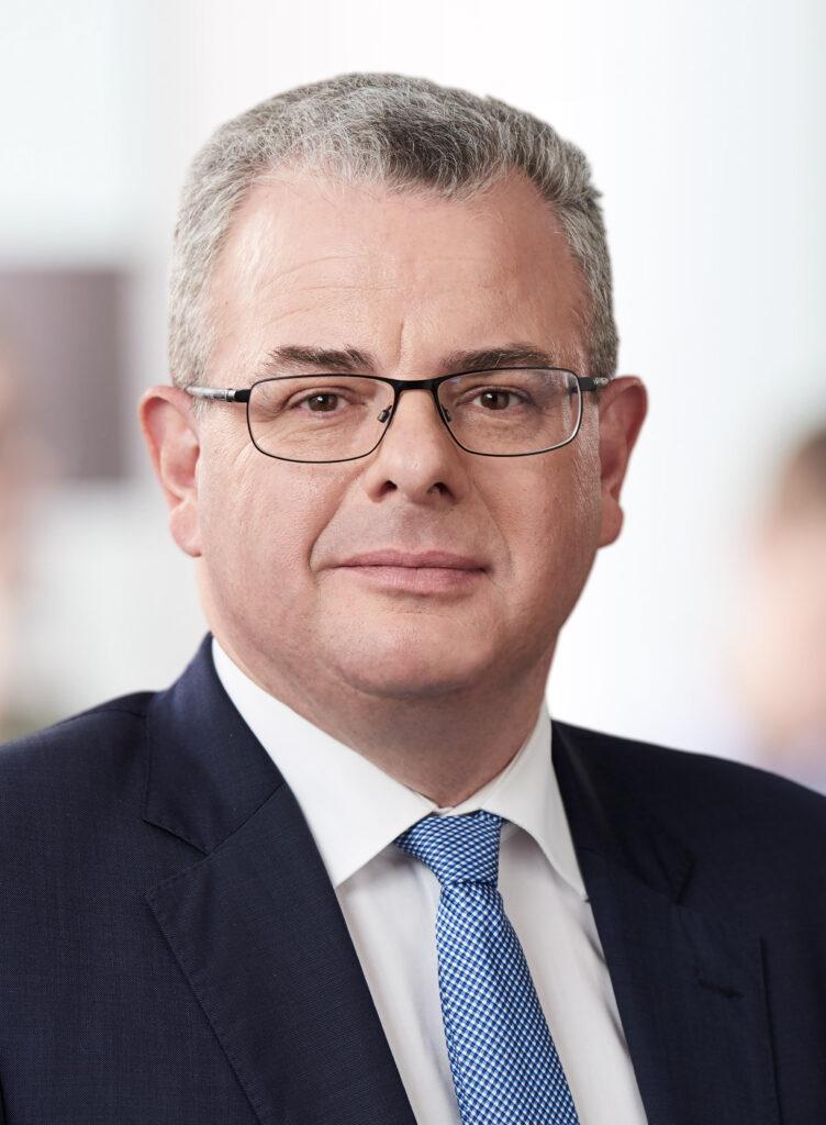 Dr. Andreas Nick